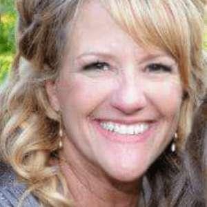 Julie Caster